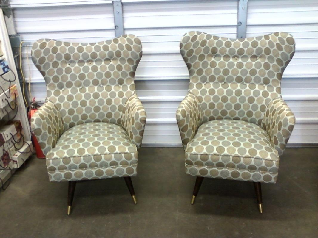 Upholstered furniture jan johnson upholstery inc for Furniture upholsterer